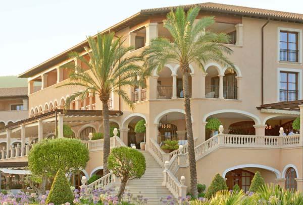 Costa d`en Blanes:The St. Regis Mardavall Mallorca Resort