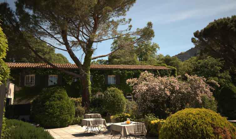 Les Baux de Provence:Baumanière Hôtel & Spa