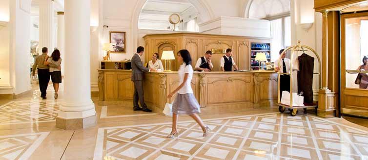 JPMoser_Hotel_Carlton_Cannes17.jpg