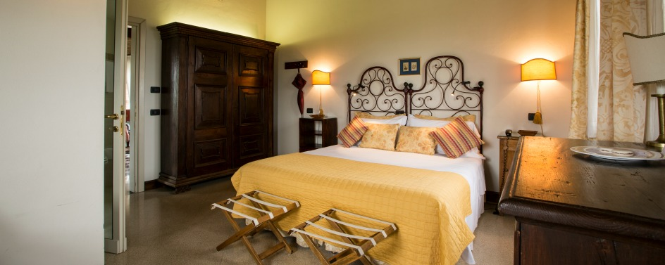 JPMoser_Locanda_del_Pilone_doble_room.jpg
