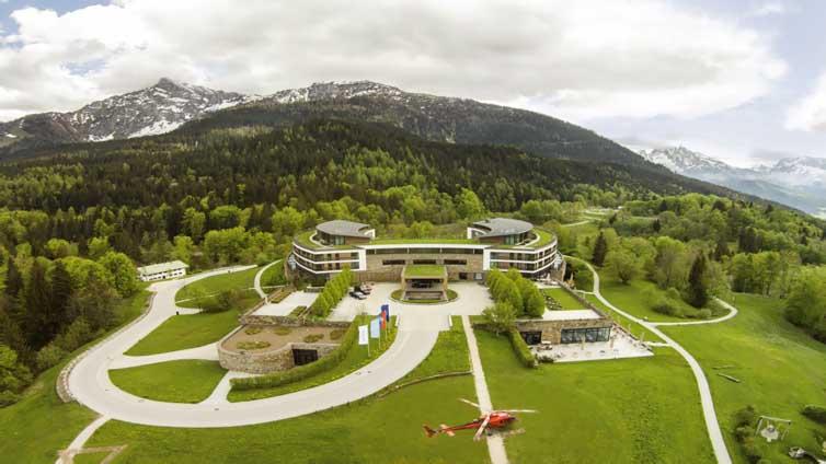 Berchtesgaden (Austrian border):Kempinski Hotel Berchtesgaden