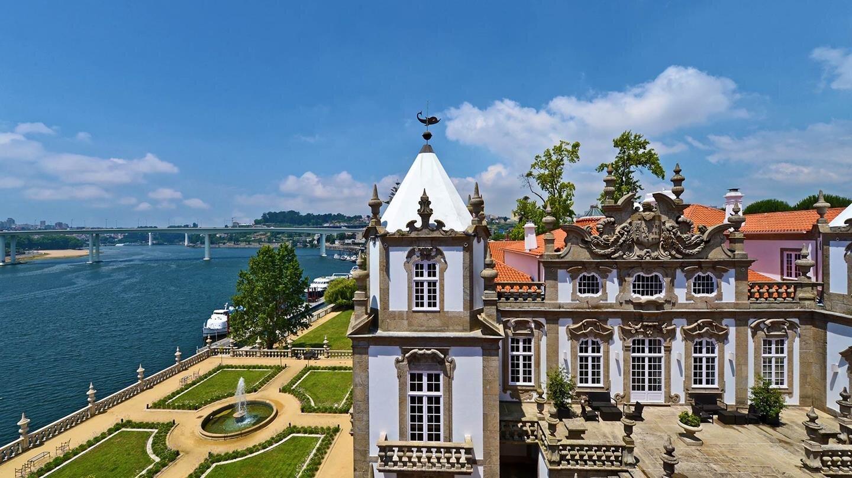 Campanha (Porto - 11 km):Palacio do Freixo