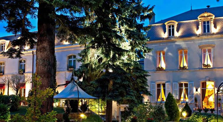 Beaune:Hostellerie Le Cedre
