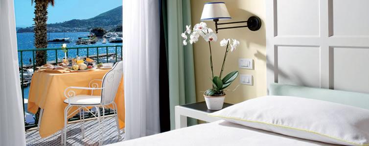 L albergo della regina isabella lacco ameno ischia for L hotel della cabina islanda