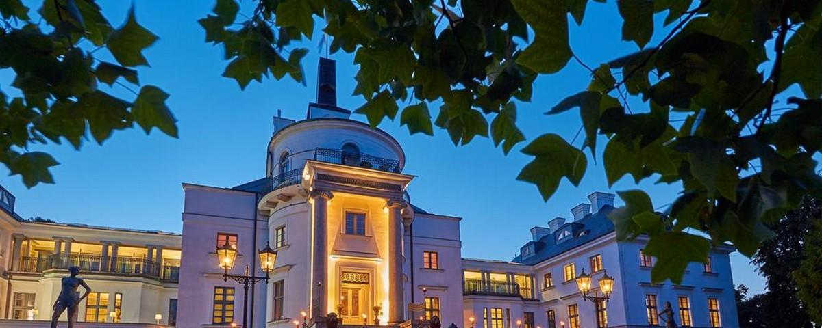 Hohen Demzin:Schlosshotel Burg Schlitz