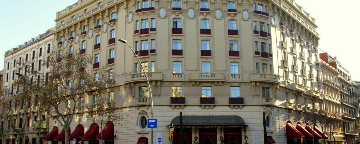 JPMoser_Palace_Barcelona_1.jpg