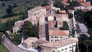 Montegridolfo:Palazzo Viviani - Castello di Montegridolfo