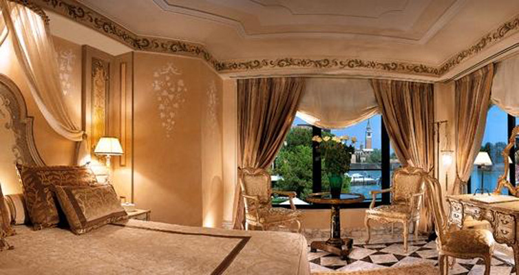 Images Of The Nicest Hotel Rooms In Venice Italy