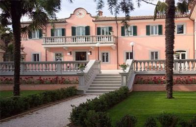 Montefalco:Villa Zuccari