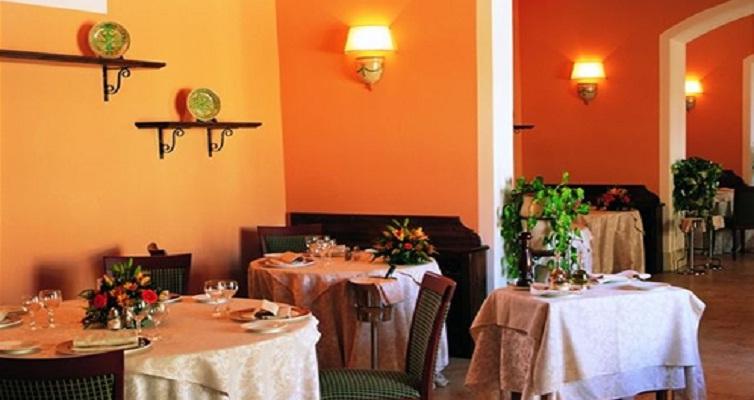 JPMoser_restaurant2.jpg