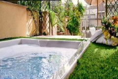 Junior Suite Terrace & Love Pool