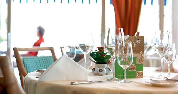 JPMoser_golf_restaurant.jpg