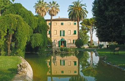 Castel di Lama:Borgo Storico Seghetti Panichi