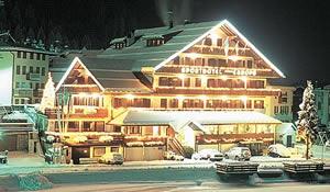 Alleghe:Sporthotel Europa sul Lago