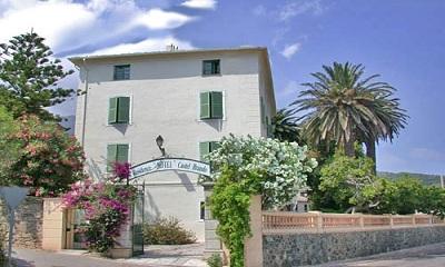 Erbalunga:Hotel Castel Brando