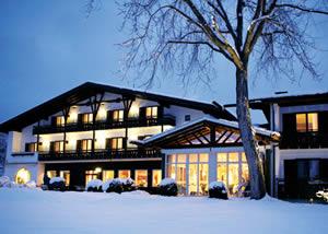 Murnau am Staffelsee (Munich - 70 km):Hotel Alpenhof Murnau