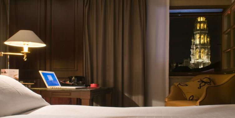 JPMoser_brussels_belgium_hotel_rooms3_754_380.jpg