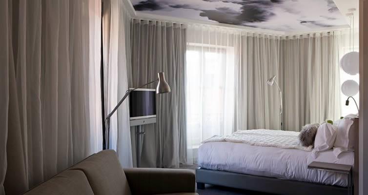 JPMoser_grandbalconhotel2.jpg