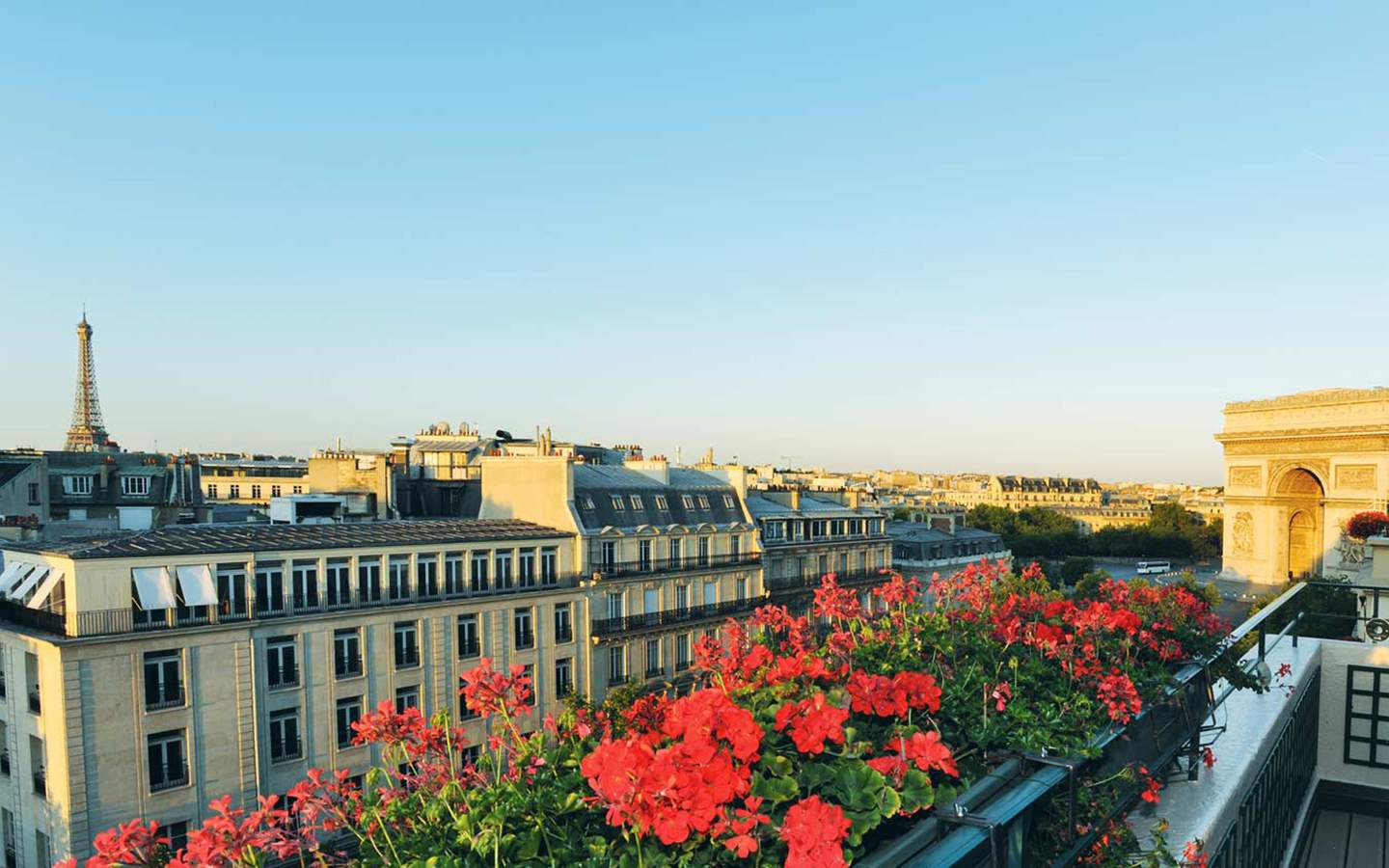Hotel napoleon paris france updated 2017 official website for Guide hotel france