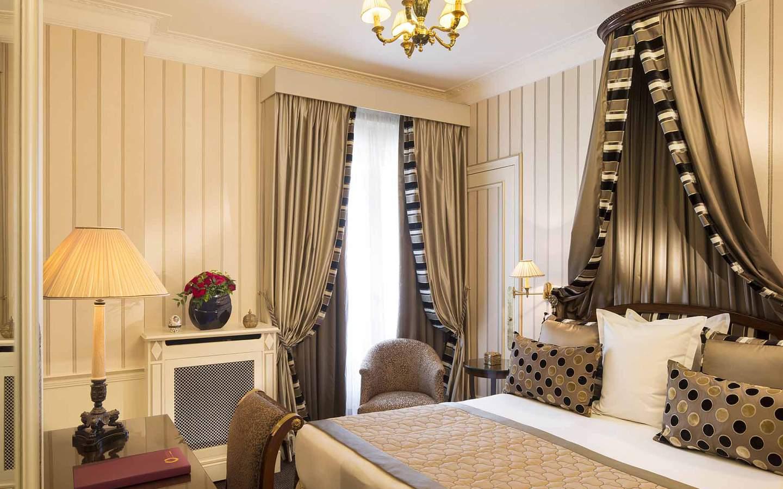 Napoleon Hotel Paris Classic Room
