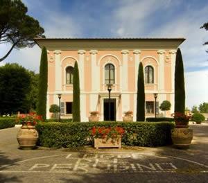 Città della Pieve (Perugia - 43 km):Logge del Perugino Resort