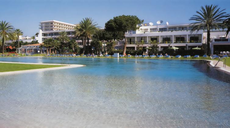 Estepona:Atalaya Park Golf & Holiday Resort