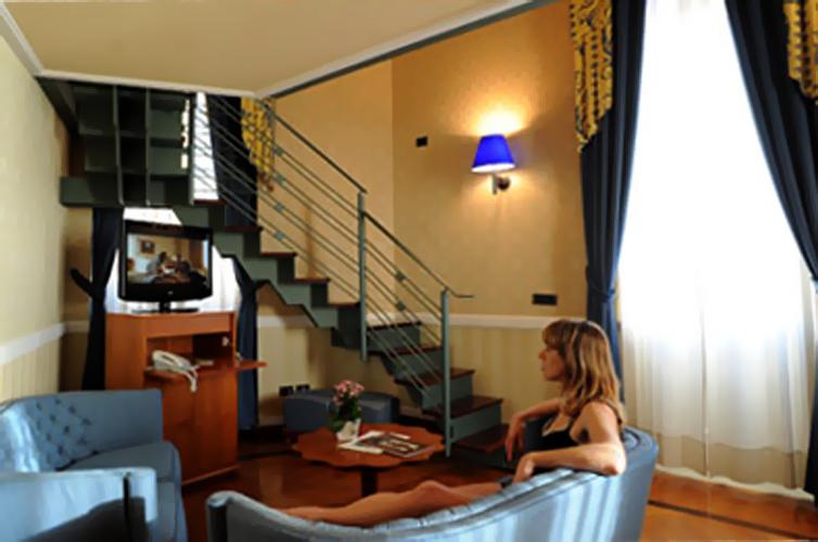 JPMoser_Grand_Hotel_Ortigia7.jpg