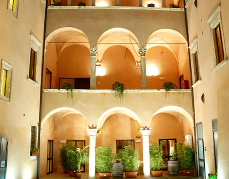 Ascoli Piceno:Palazzo Guiderocchi