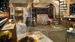 di... Vino Private Wine Cellar