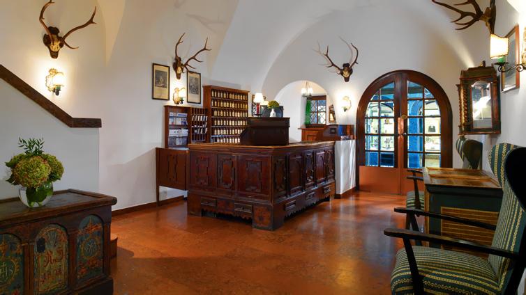 JPMoser_Hotel_Goldener_Hirsch12.jpg