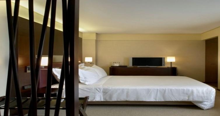 JPMoser_porto_palacio_hotel_suiteexecutive012.jpg