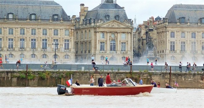 Boat River Garonne